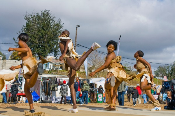 Fiddlers market performers