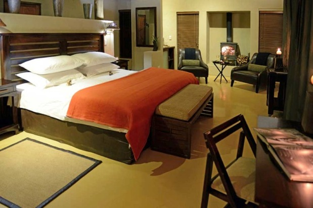 Etali bedroom